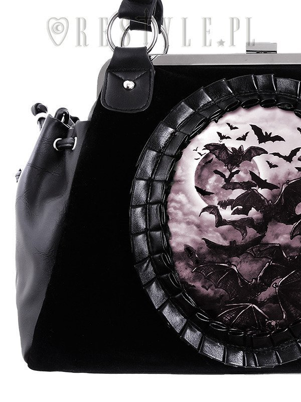 """VAMP"" gothic cameo handbag on metal frame, flying bats"