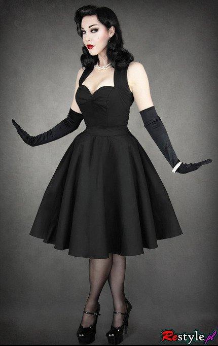 Pin Upowa Czarna Sukienka Lata 50 Te Rozkloszowana Z Dekoltem